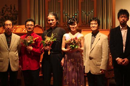 左から 草苅徹夫さん、立岩潤三さん、武久源造さん、山口眞理子さん、中西光彦さん、増野裕一郎さん